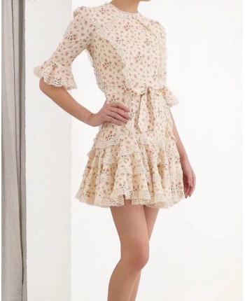 Платье с оборками и кружевами 18411