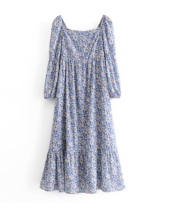 Голубое платье в цветочек 110055