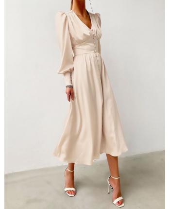 Легкое атласное платье 110046
