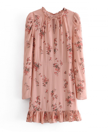 Розовое платье с рюшей 110092