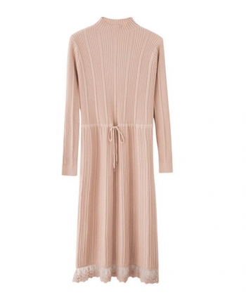 Трикотажное платье с кружевом 110070