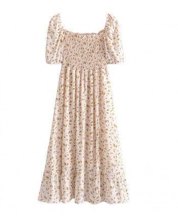 Нежное платье с разрезом 110293