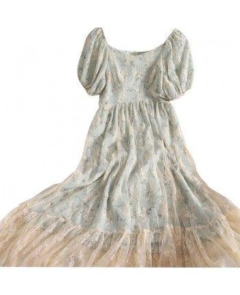 Фатиновое платье с вышивкой 110316
