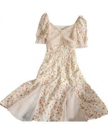 Бежевое платье с вышивкой 110309