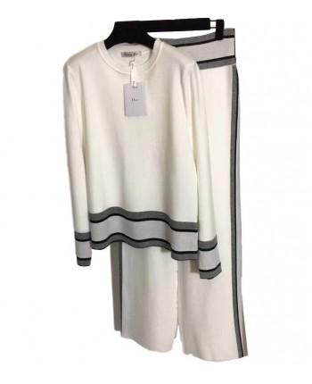 Костюм с широкими брюками 19759