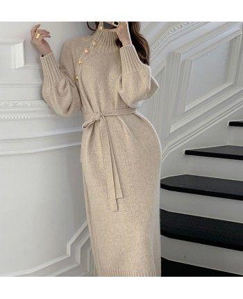 Трикотажное платье с пуговицами 110521