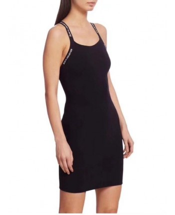 Черное платье с открытой спиной 19021