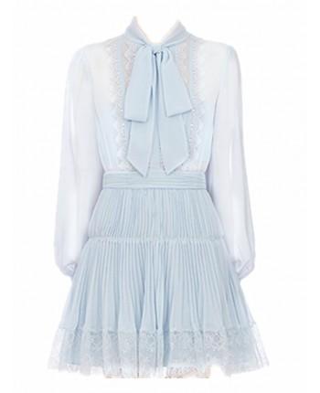 Голубое платье с бантом и кружевами 19397