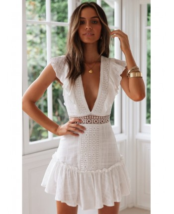 Кружевное платье с декольте 16845
