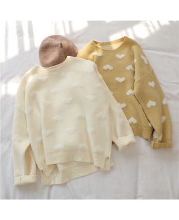 Мягкие свитера с сердечками 17430