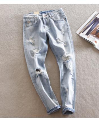 Стильные рваные джинсы 13892